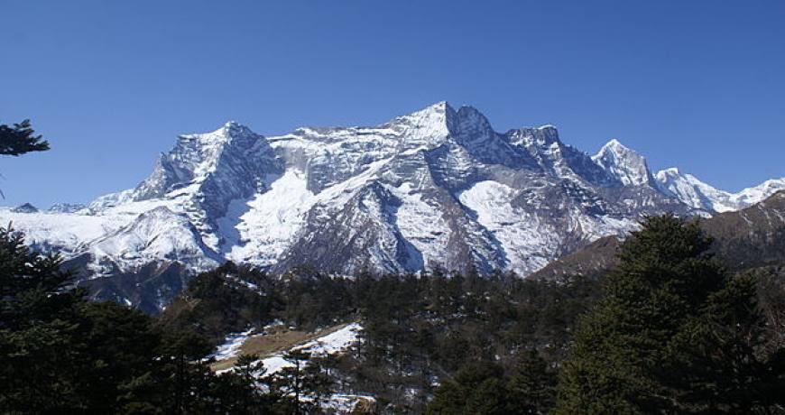 Kongde-Ri Peak