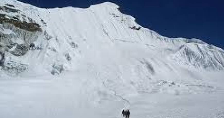 Tenth (Tharpu Chuli) Peak climbing